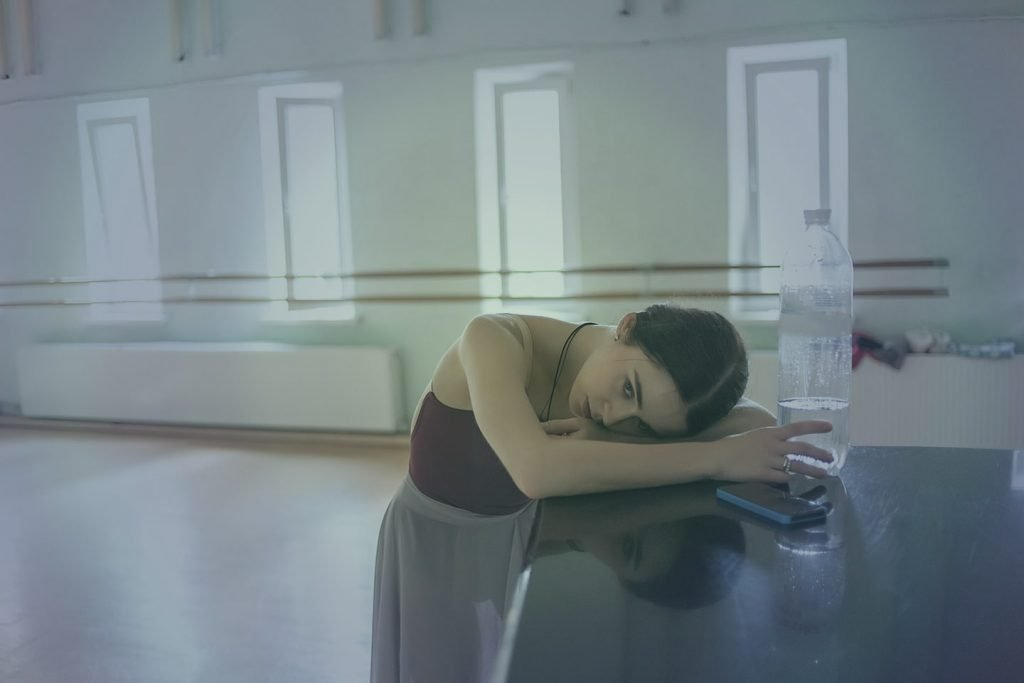 dancer girl feel dehydrated